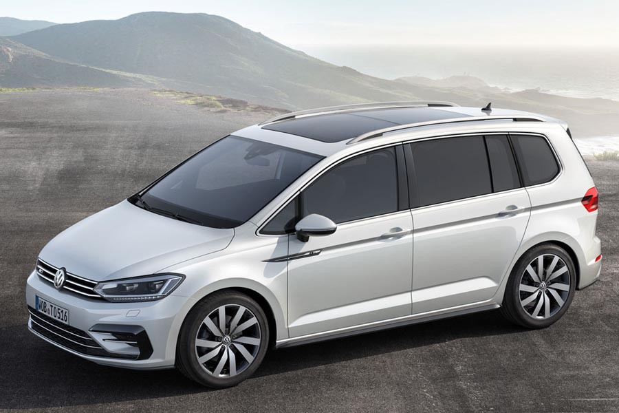 Volkswagen - Touran   7SEATS AUTOMATIC